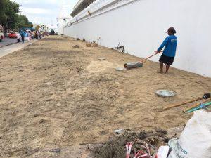 ถมหน้าดิน ลงทราย เตรียมปูหญ้า